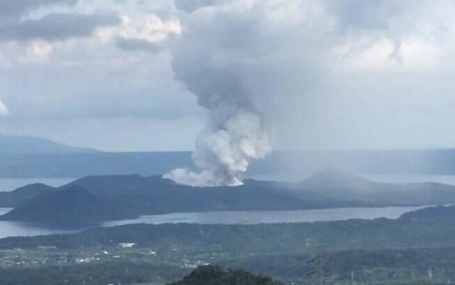 fumaça de vulcão