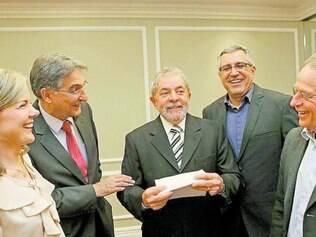 Encontro. Lula se reuniu ontem em SP com quatro pré-candidatos petistas a governos estaduais