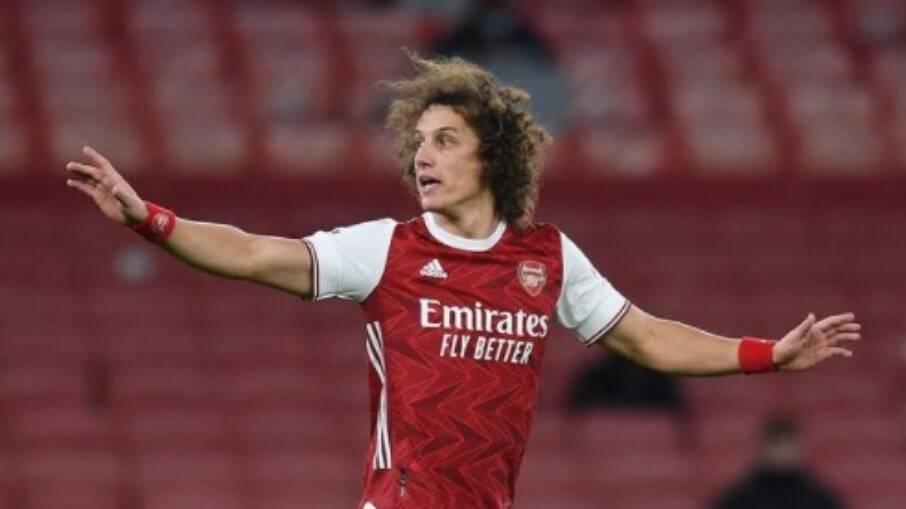 Flamengo está em contato para trazer David Luiz