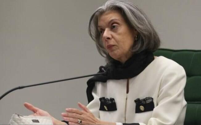 Ministra Cármen Lúcia disse que ainda não analisou como fica o andamento da Lava Jato