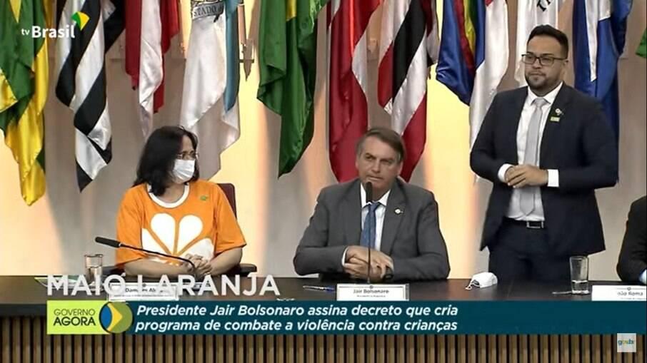 Presidente Jair Bolsonaro fez pronunciamento nesta segunda-feira (17)