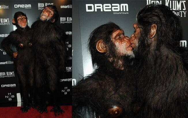 Heidi Klum e seu marido, Seal, fantasiados de macacos