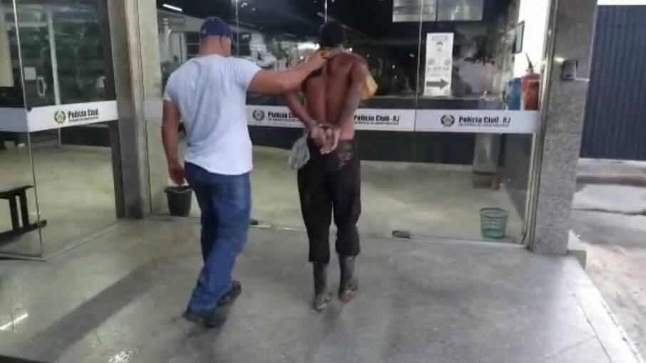 Um dos presos na ação