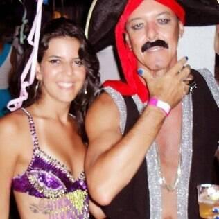 Dalila e o pai Rafael em um Carnaval que passaram juntos em Salvador