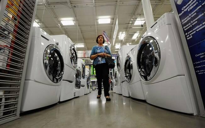 Retração é resultado da redução de 34,2% da indústria eletrônica e do recuo de 15,2% na elétrica