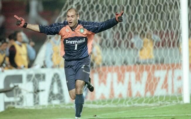 Marcos na semifinal contra o Corinthians em 2000, quando pegou o pênalti de Marcelinho Carioca e classificou o Palmeiras na decisão