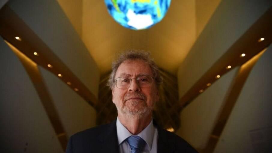 Presidente da Academia Brasileira de Ciência, Luiz Davidovich lamenta atual cenário da pesquisa no Brasil