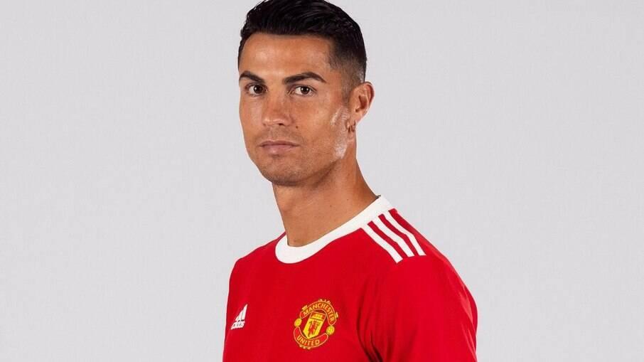 Cristiano Ronaldo já tinha acordo com o Manchester há um mês, revela Khabib Nurmagomedov