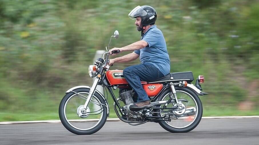A Honda CG 125 1976 pode parecer bem antiquada em relação à CG atual, mas se tornou um clássico nacional