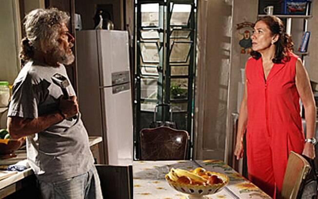 Griselda flagra Pereirinha procurando algo na cozinha de sua antiga casa