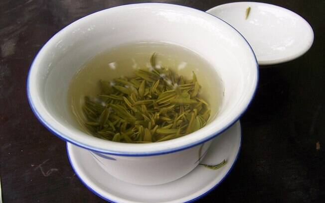 Chá verde é um ótimo estimulante e pode te ajudar a despertar