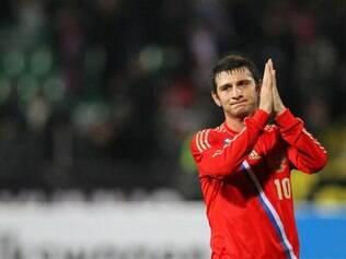 Aos 24 anos, o meia Dzagoev foi um dos que sofreram com o celibato da seleção russa, que terminou com dois pontos na fase de grupos
