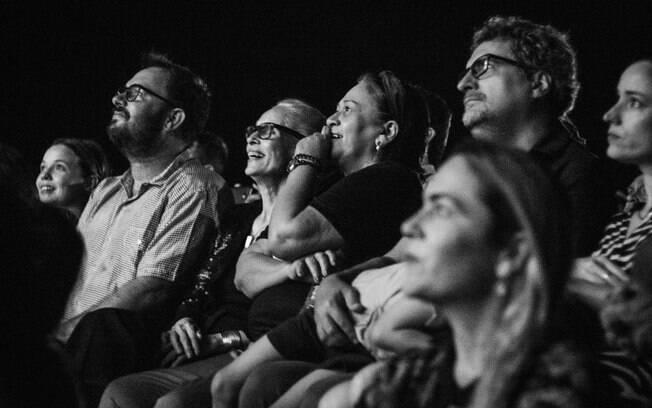 Na sequência, o diretor Juliano Dornelles, a atriz Sônia Braga, a governadora do Estado do Rio Grande do Norte Fátima Bezerra e o diretor Kléber Mendonça Filho