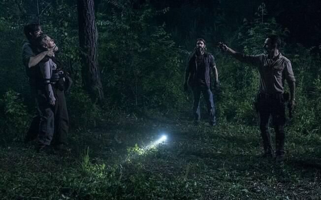 Tensão, terror e vingança em Warning Signs, terceiro episódio do nono ano de The Walking Dead