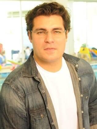 Thiago Lacerda hoje é casado com a atriz Vanessa Lóes e tem dois filhos