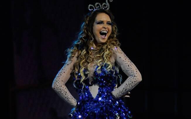 Claudia Abreu apresenta
