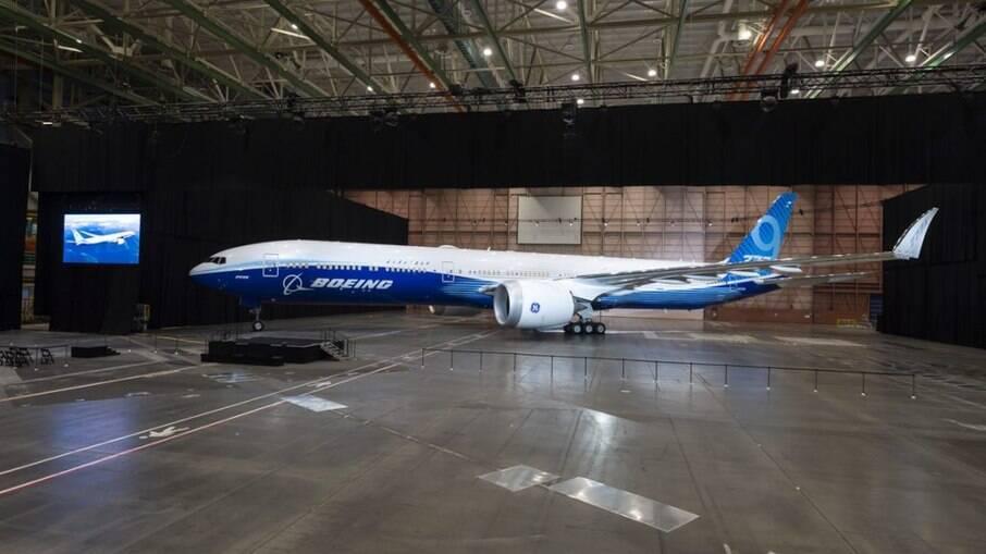 David Calhoun, CEO da Boeing, foi recompensado com bônus de cerca de US$ 21,1 milhões em ano negativo da companhia