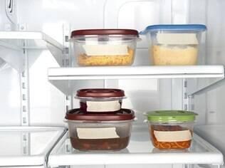 Use sempre embalagens apropriadas com etiquetas identificando o produto e a validade