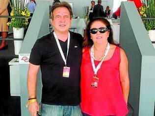 Clique: Paulo e Vânia Bernardes, leia-se Manoel Bernardes Joias, no GP de Fórmula 1