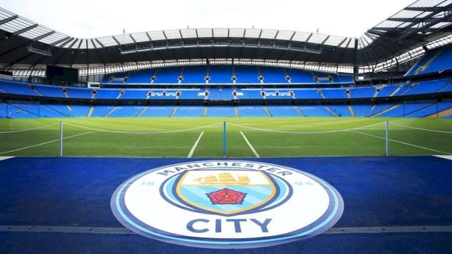 Estádios da Inglaterra podem voltar a receber torcedores em agosto
