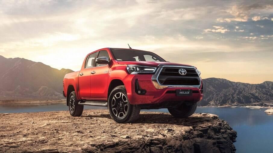 Picape média feita na Argentina, a Toyota Hilux lidera com folga o segmento de picapes médias