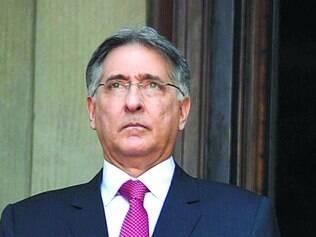 Cortes.  Governador ordenou ainda o cancelamento de gratificações autorizadas pela gestão passada