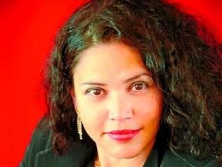 """Convidada. A soprano Adriane Queiroz participa da apresentação das composições """"O Burguês Fidalgo"""" e """"Quatro Últimas Canções"""""""