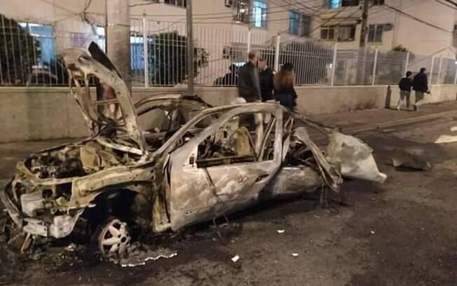 Imagens mostram como ficou o veículo após a explosão do cilindro de GNV
