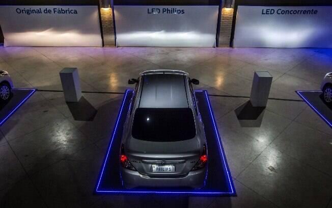 Repare que bons faróis de LED devem se projetar horizontalmente, com dois ângulos de subida à direita
