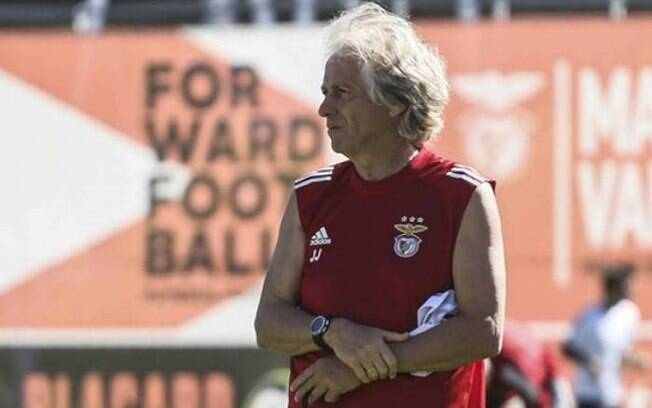 Jorge Jesus admite interesse de ter Bruno Henrique no elenco do Benfica