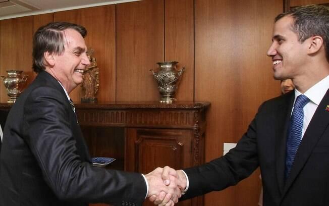 Bolsonaro apoia a luta de Guaidó na Venezuela