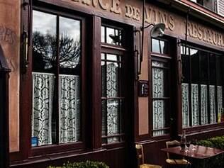 Fachada do Albergue Ravoux, onde funciona também um restaurante