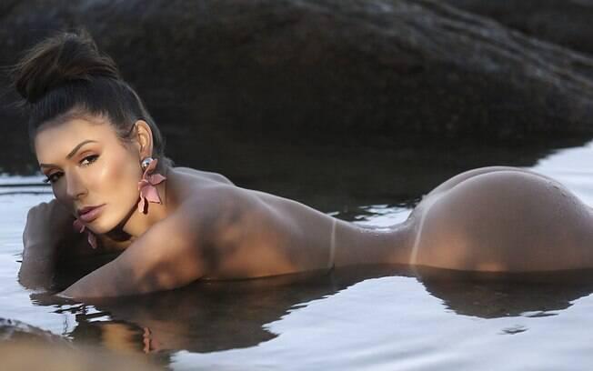 Jady Santy é a estrela de reveillon do site de ensaios sensuais Diamond Brazil