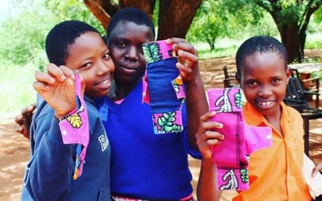 O objetivo do projeto 'The Kujuwa Initiative' é distribuir um kit com absorvente para meninas de Kasigua, no Quênia