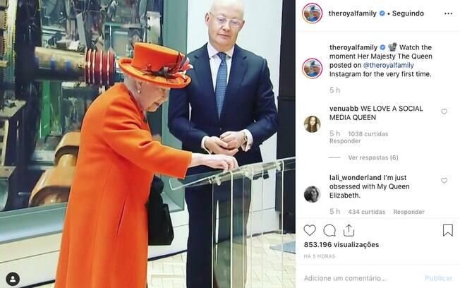 O perfil da família real no Instagram ainda publicou um vídeo da rainha fazendo sua primeira postagem na rede social