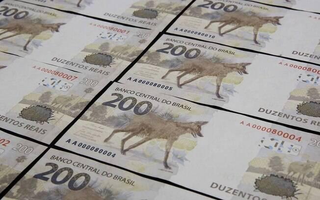Nova nota de R$ 200, que já circula pelo Brasil mesmo com dimensões iguais à cédula de R$ 20