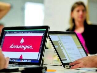Uma boa ideia. Start-ups são novas empresas de base tecnológica que desenvolvem serviços ou produtos inovadores