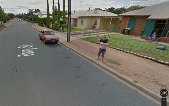 Woman, 38, Flashes Google Street View Camera, Crosses Off