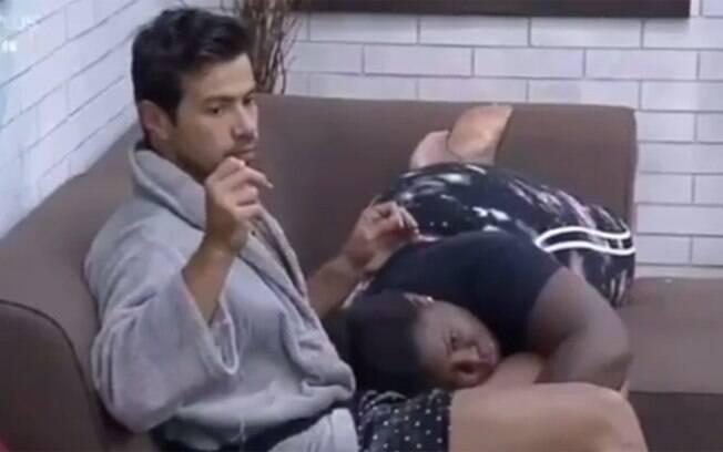 Jojo Todynho leva bronca após passar mão nas partes íntimas de Mariano
