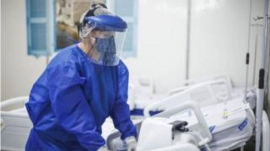O estado de São Paulo atingiu nesta segunda-feira (1°) a taxa de 73,2% de ocupação de leitos de unidades de terapia intensiva (UTI)