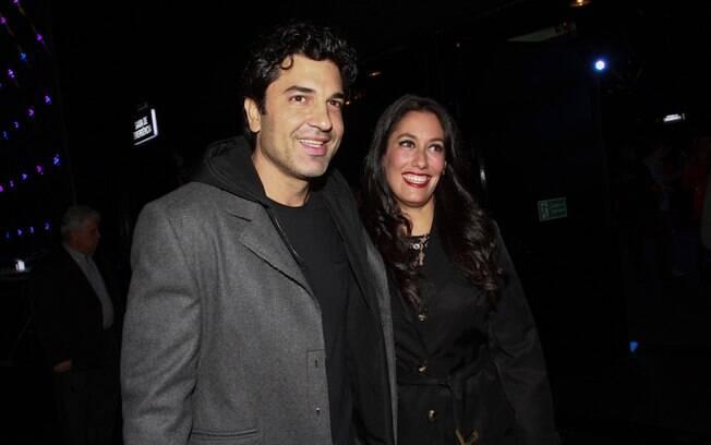 Eduardo Guedes com a namorada, Thais Jerez