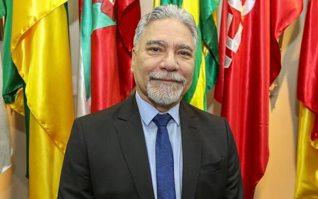 General Marco Aurélio Costa Vieira foi exonerado do cargo de secretário do Esporte