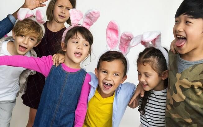 Apesar da data ser religiosa, uma decoração de Páscoa para uma festa infantil também pode ser bem divertida