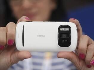 Novo aparelho da Nokia com Windows Phone terá câmera com sensor PureView