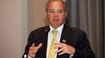 Especialista critica plano de Paulo Guedes contra o desemprego no Brasil