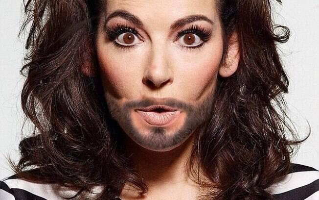 Para homenagear Conchita, a apresentadora Nigella Lawson postou foto em que aparece barbada