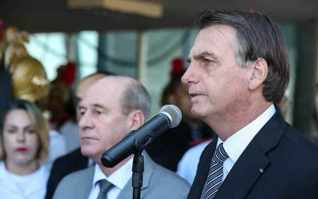 Bolsonaro diz que militares brasileiros vão ouvir sargento preso com 39 kg de cocaína na Espanha