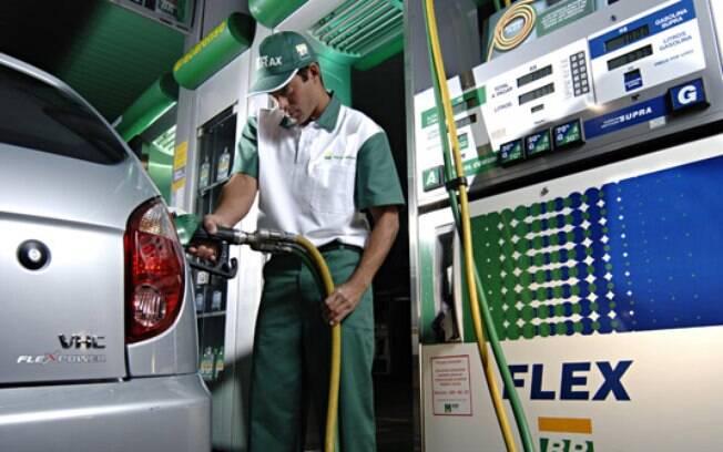 Especialista oferece detalhes sobre como montar uma planilha de gastos com etanol e gasolina