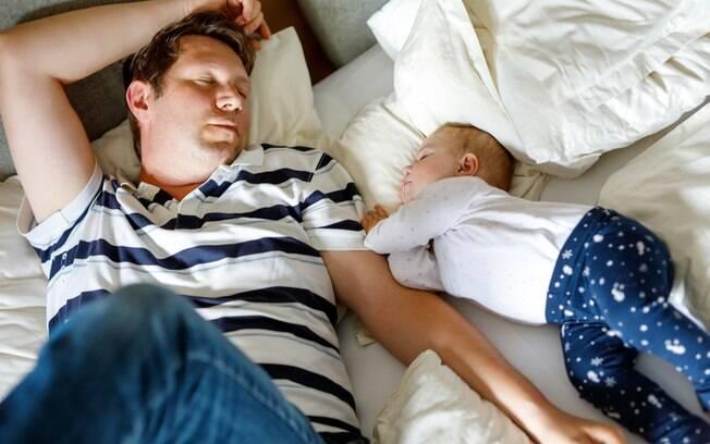 A cama compartilhada pode ser bastante perigosa para a vida do bebê se não foi feita de forma cuidadosa