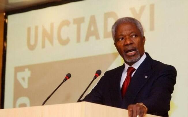 Kofi Annan ingressou nas Nações Unidas em 1962 e foi secretário-geral do órgão entre 1997 e 2006